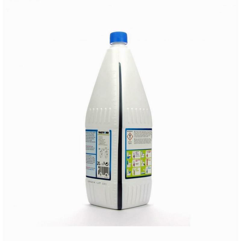 aqua kem blue 2l produit thetford pour wc chimique portable. Black Bedroom Furniture Sets. Home Design Ideas