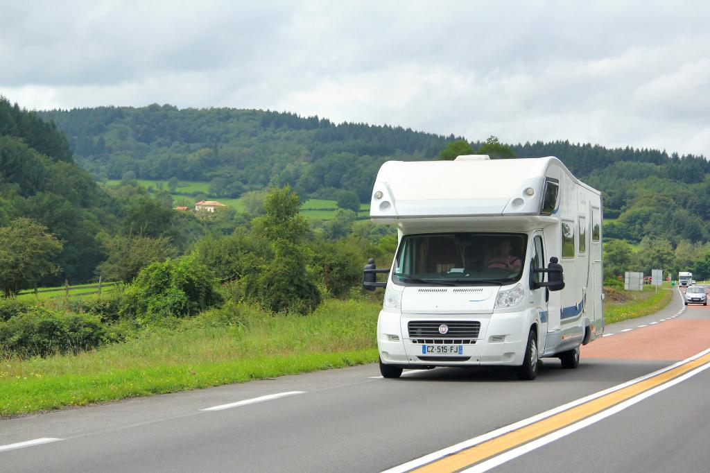 Toutes les astuces pour bien aménager son camping-car a0e362c3e1c9